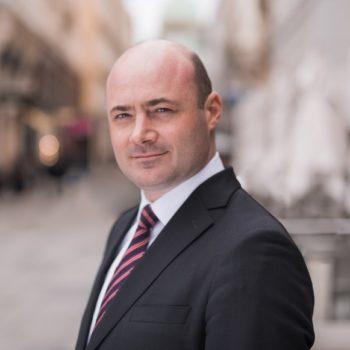 Dr. Christoph Mayer